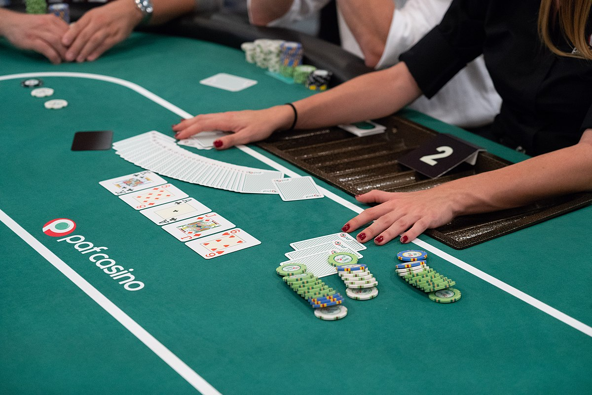 The History Of Online Casino Instructed By Tweets